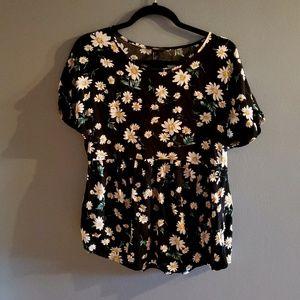 💫 3 /$17 💫 Forever 21 Daisy Peplum Shirt Size
